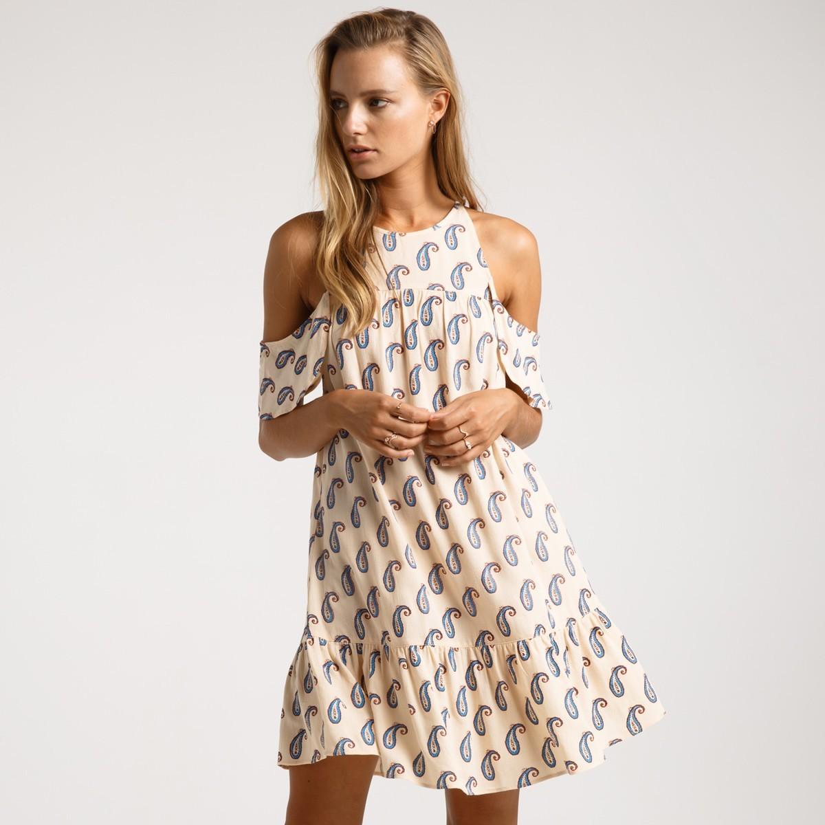 Платье с узором пейсли